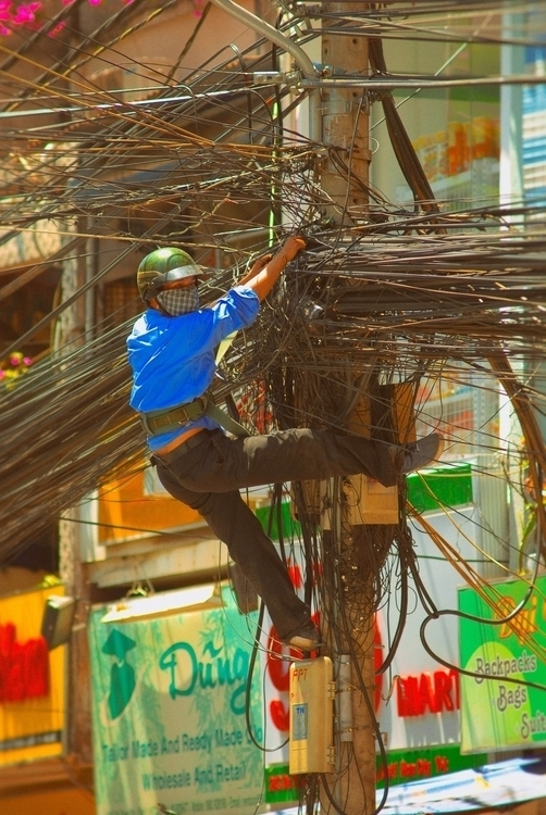 cable guy - Saigon, Vietnam - christofkessemeier | ello