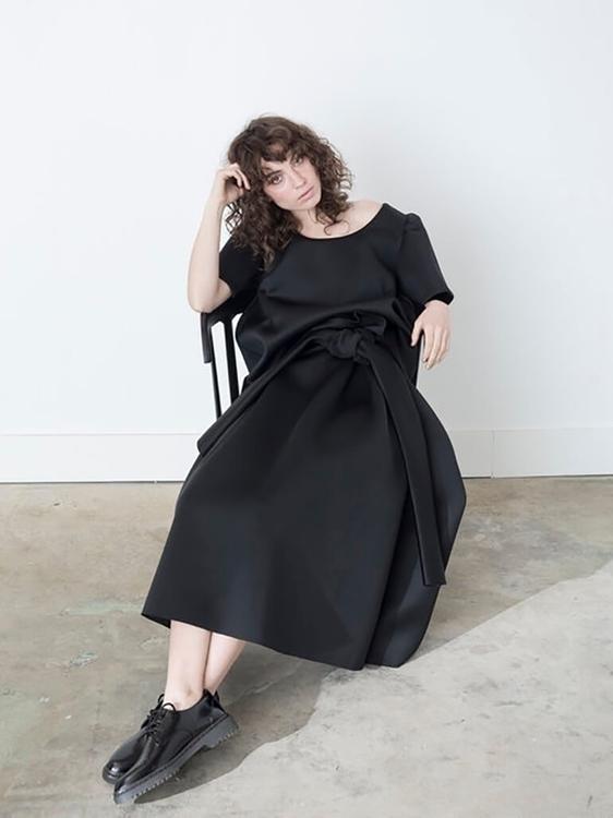 Feminine Minimalist Designed Ji - thecoolhour | ello