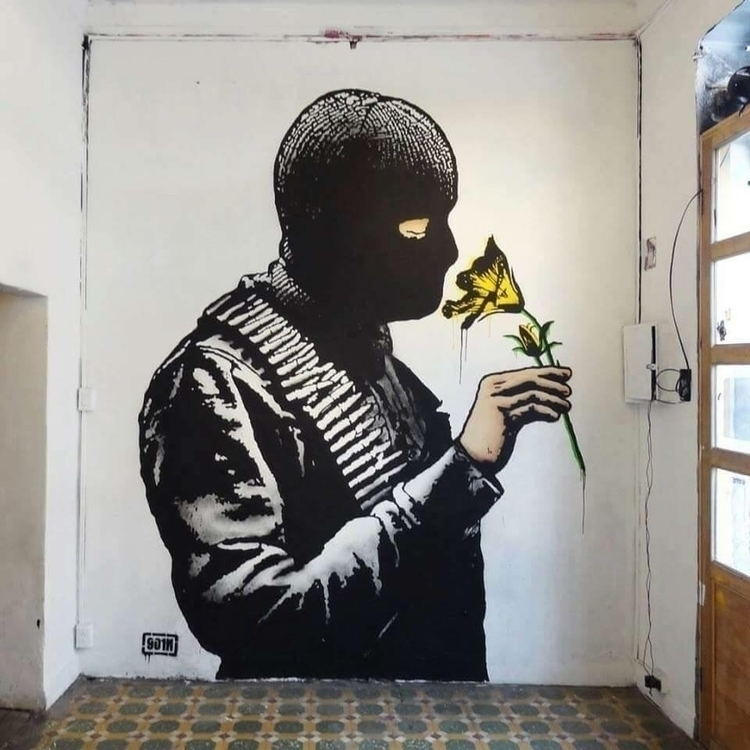 Smelling peace Artist: Goin Loc - streetartunitedstates | ello