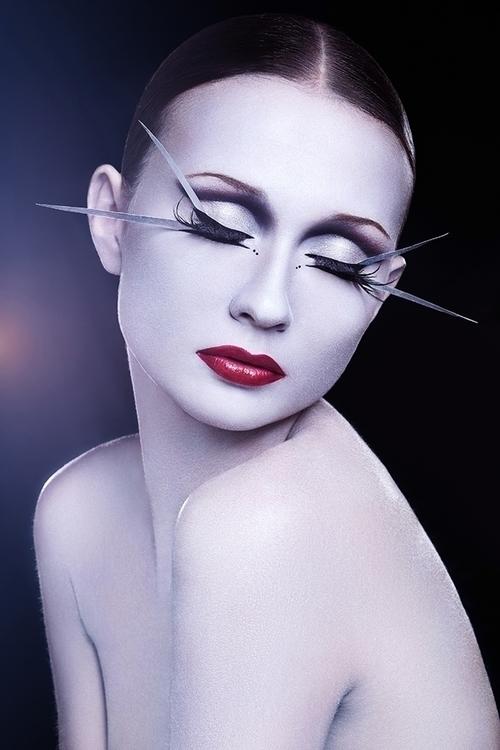 Photographer:Ylva Erevall Hair - darkbeautymag | ello
