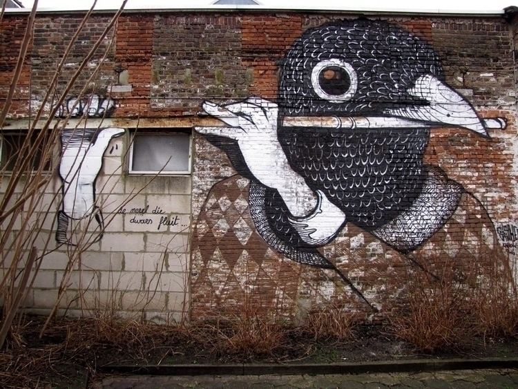 Street art Ghent - Gijs Van Hee - kriebel | ello