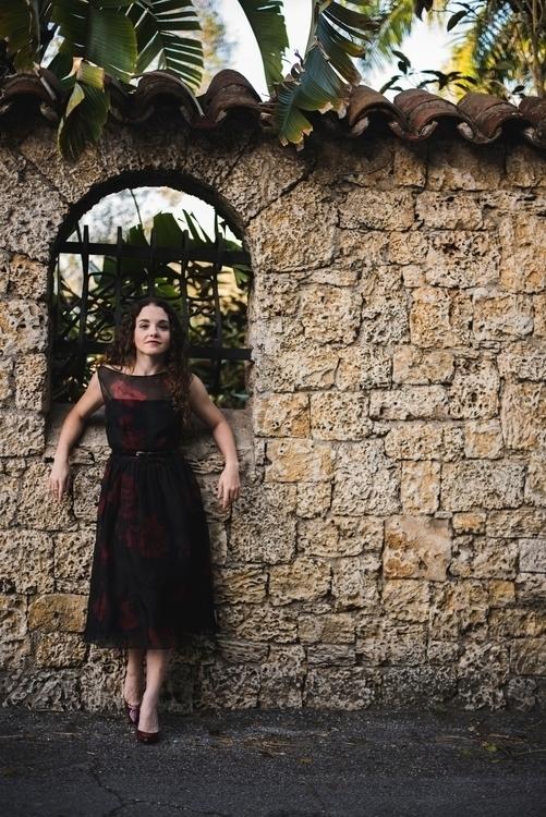 Photo Kristin Pulido Model: Val - valentinacano | ello