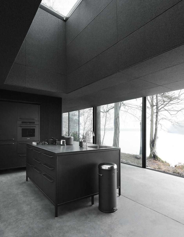 vipp701-shelter-kitchen-living02-low.jpg