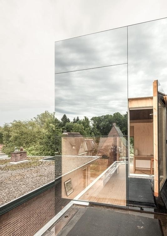 Wood / Mirror - lucian | ello