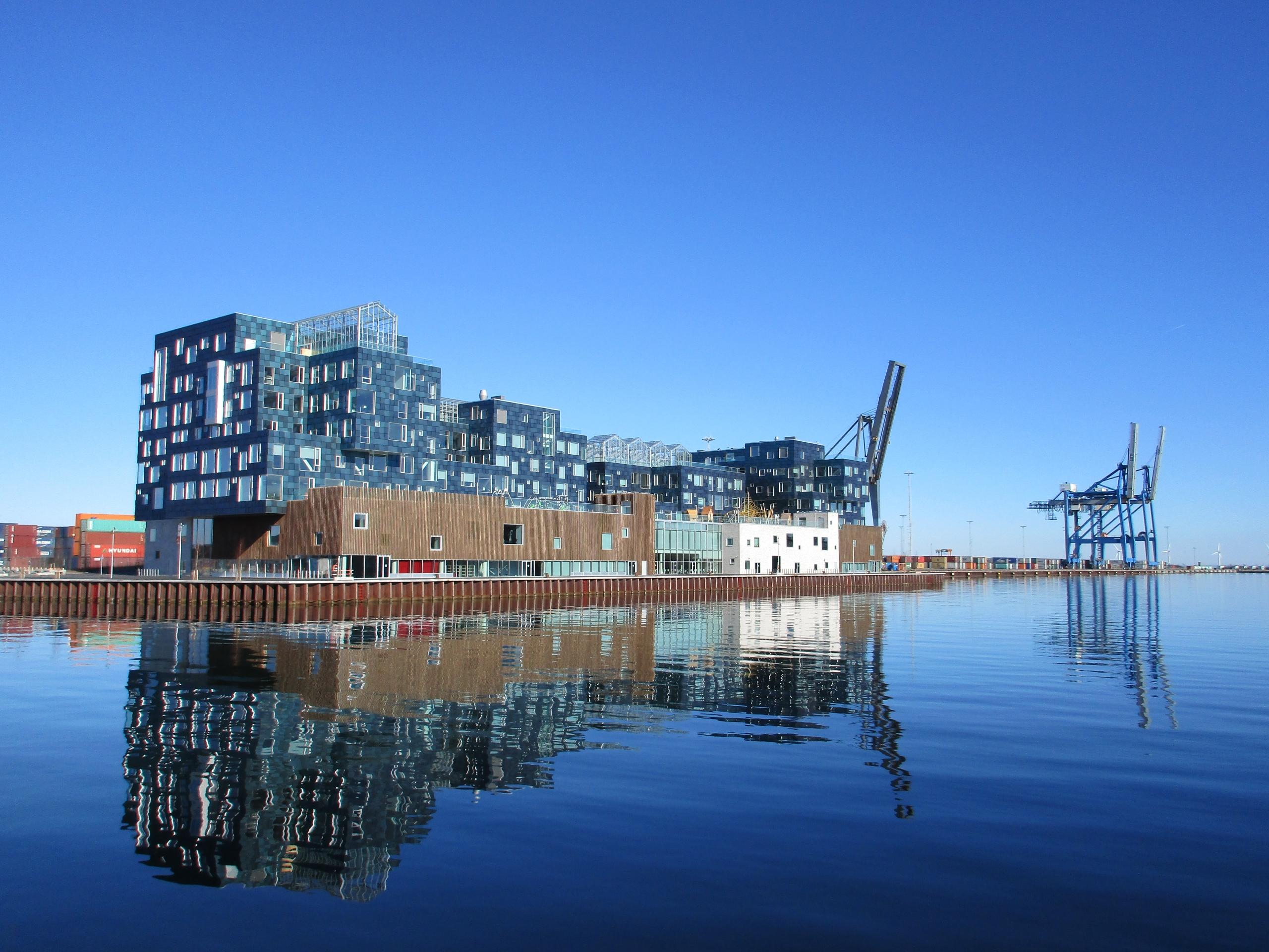 Playing blocks campus Copenhage - northernlad | ello