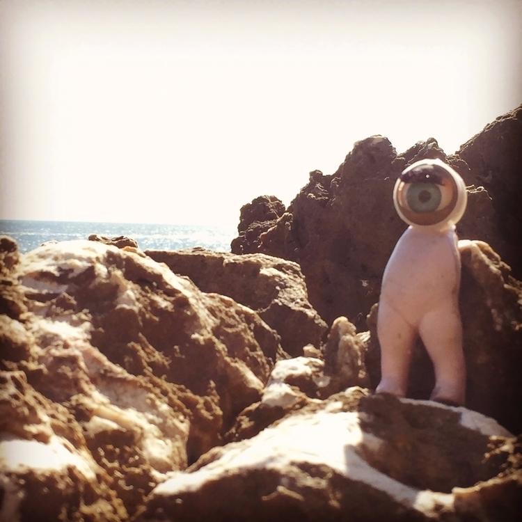 moon, modalisboa, beach, atlantic - bacelar_parutkin   ello