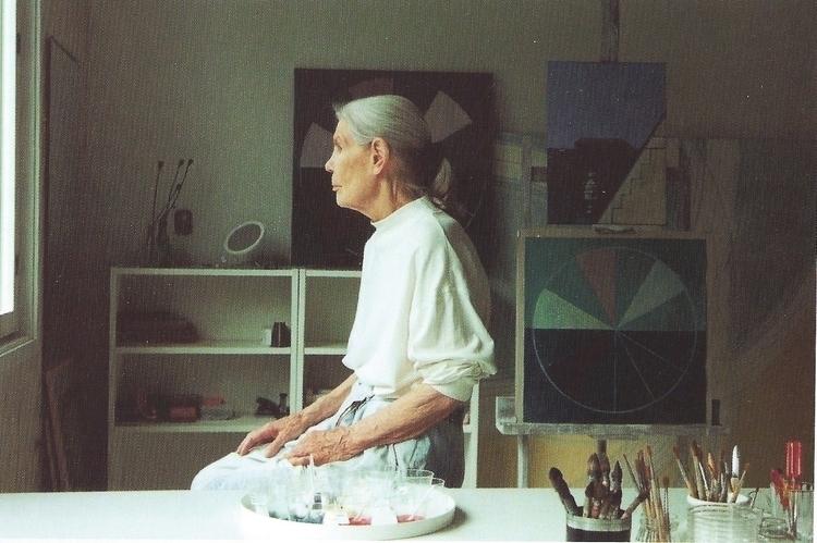 Maija Isola studio house Kaunis - tomasstein | ello