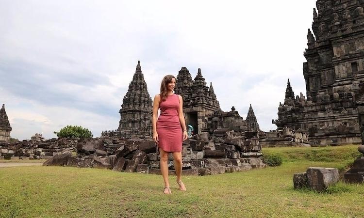 Annette, freelance travel write - bucketlistjourney | ello