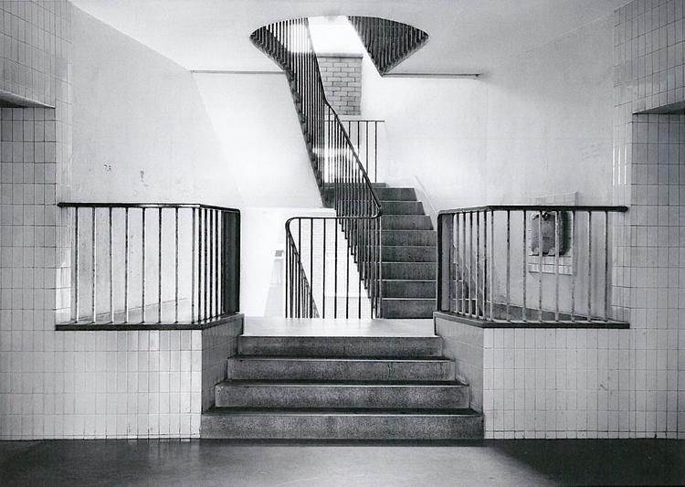 Axel Hütte offenbach house, cra - modernism_is_crap   ello