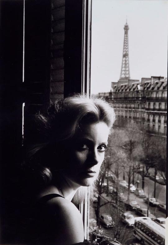Catherine Deneuve Helmut Newton - girlmuse | ello