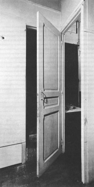 Marcel Duchamp, Door 11, rue La - modernism_is_crap   ello