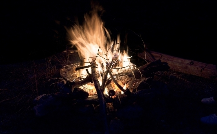 Repas au feu de bois, pomme ter - gclavet | ello