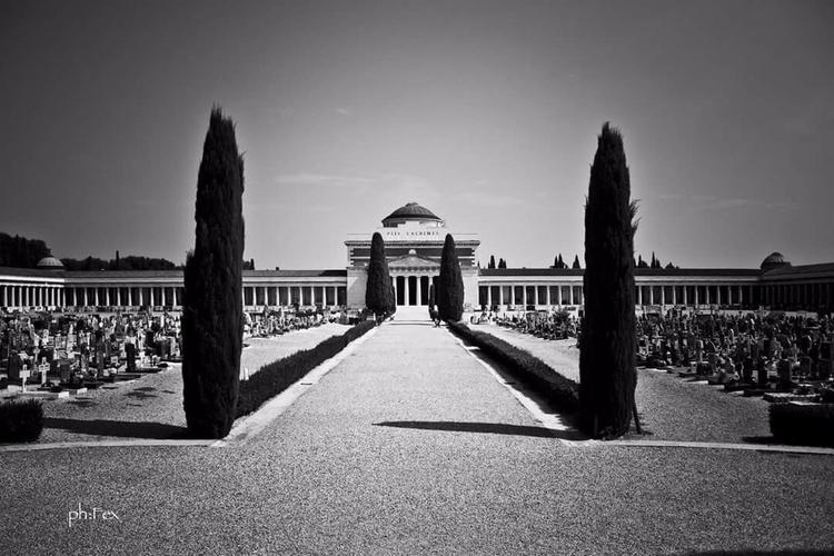 Cimitero monumentale - cemetery - violetviolence_infexx | ello