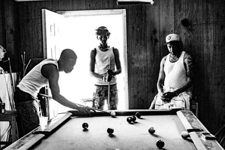 Family - blackandwhitephotography - saywhahnah | ello