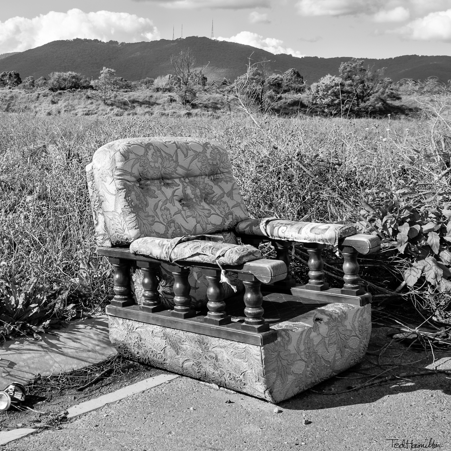 Room view. Abandoned chair view - tedhamilton | ello