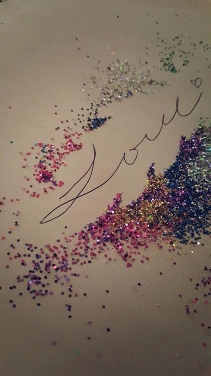 love, glitter, beautiful, happyaccident - lukableu   ello