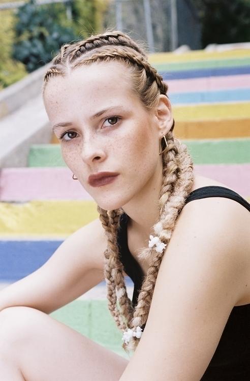 Caméléon Estelle Spirig Model:  - esteast | ello