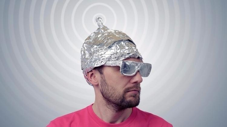 virtual private tinfoil hat - vpn - valosalo | ello