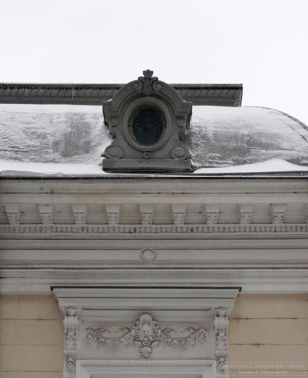 Urban pastels snowfall: dr. Dim - memorie_urbana | ello