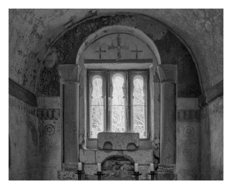 Apse altar, San Salvador de Val - guillermoalvarez | ello