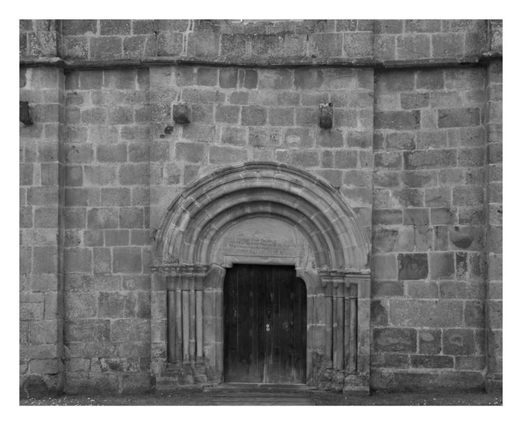 Door (La puerta de los Muertos - guillermoalvarez | ello