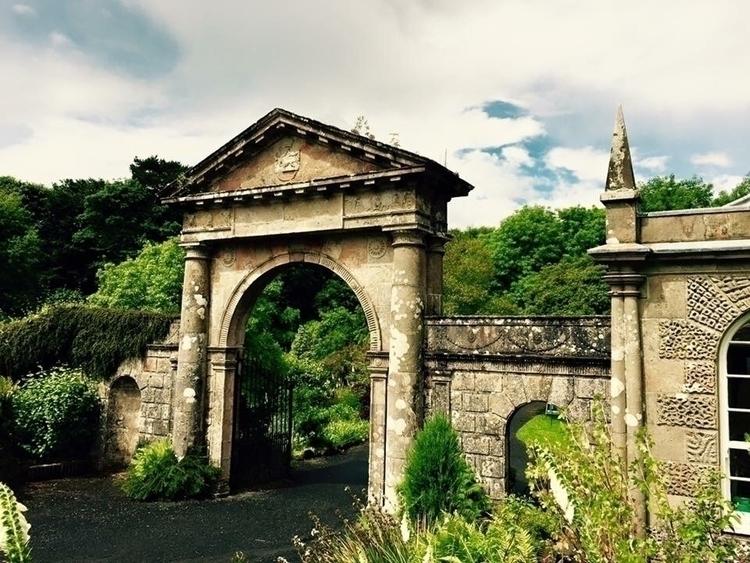 told walking gates dreams. beau - kittivonpaige | ello