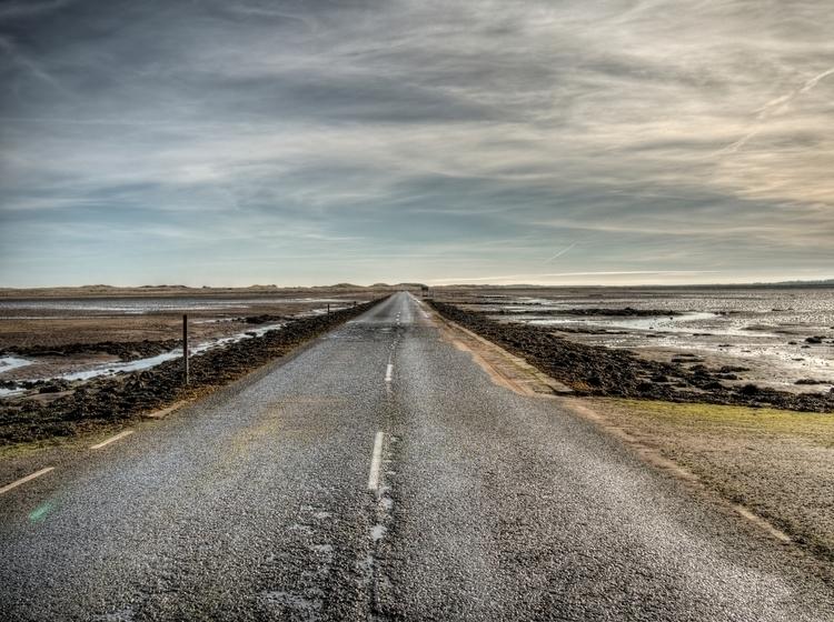 Causeway Holy Island - Lindisfa - neilhoward | ello