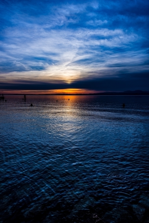 blue line lake, coast version I - christofkessemeier   ello