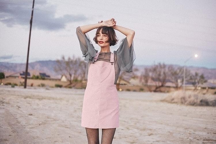 Beautiful Babe Valfre LA based  - thecoolhour | ello