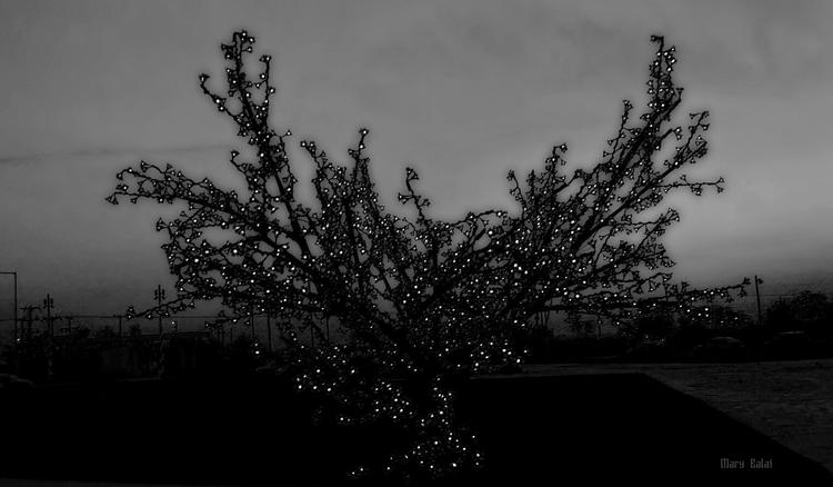 Tree decoration - mairoularissa | ello