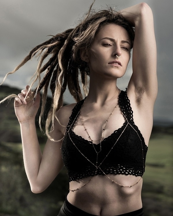 Photographer: Eric Artman -Art - darkbeautymag | ello