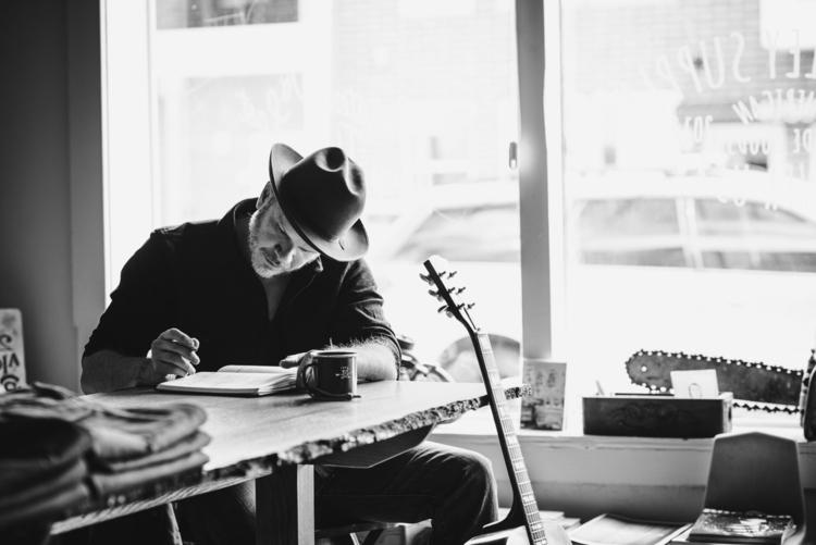 Jason Eady, Album Cover fourth - abarlich | ello