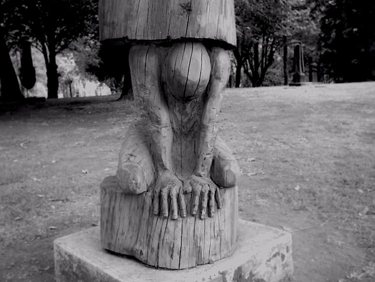 Valdivia, Chile, 2006 - bn, bn, madera - gabrielnicolas | ello