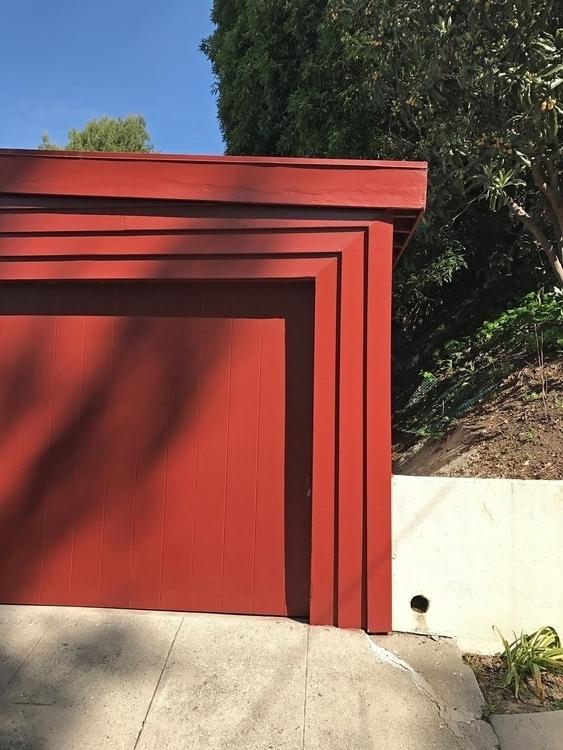 Red Garage, Edgecliffe Dr, Silv - odouglas | ello