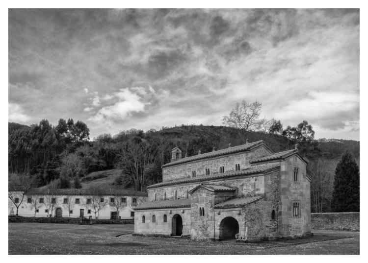 San Salvador de Valdedios, Conv - guillermoalvarez | ello