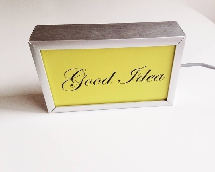 Check lightboxes! Great desk, 3 - nathaliequagliotto   ello