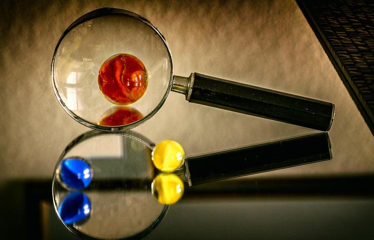 Glass - macro, marbles, photography - doc | ello