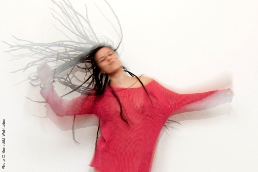 lot fun shooting hair flying fr - be-new | ello