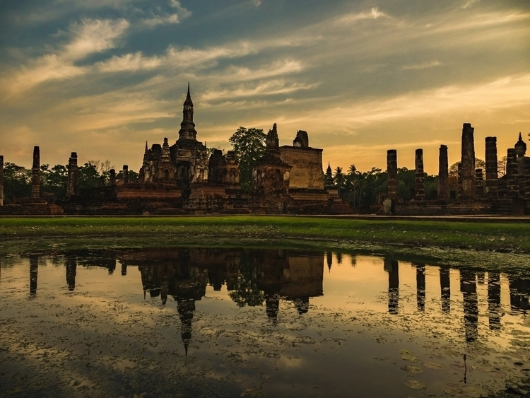 Sukhothai Historical Park, Thai - travischau | ello