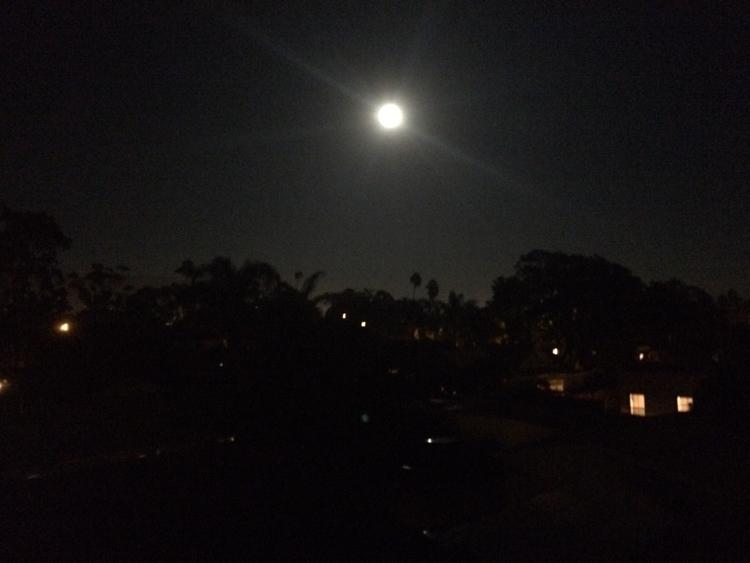 moon, man - santabarbara, blackandwhite - emilydubyah   ello