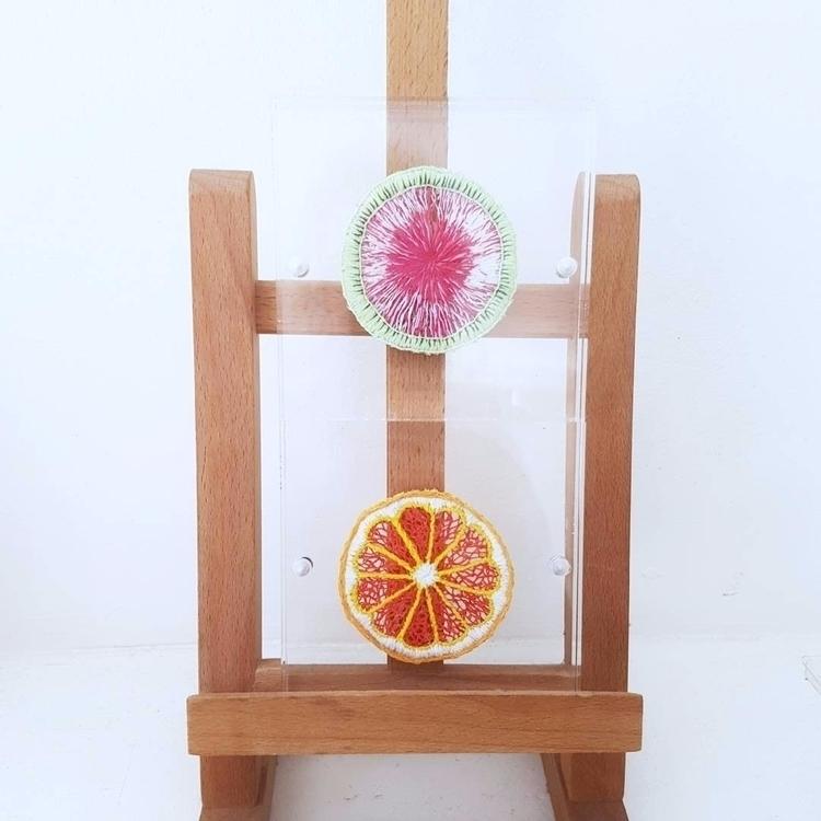ging frames - embroidery, fiberart - fullmetalneedle   ello