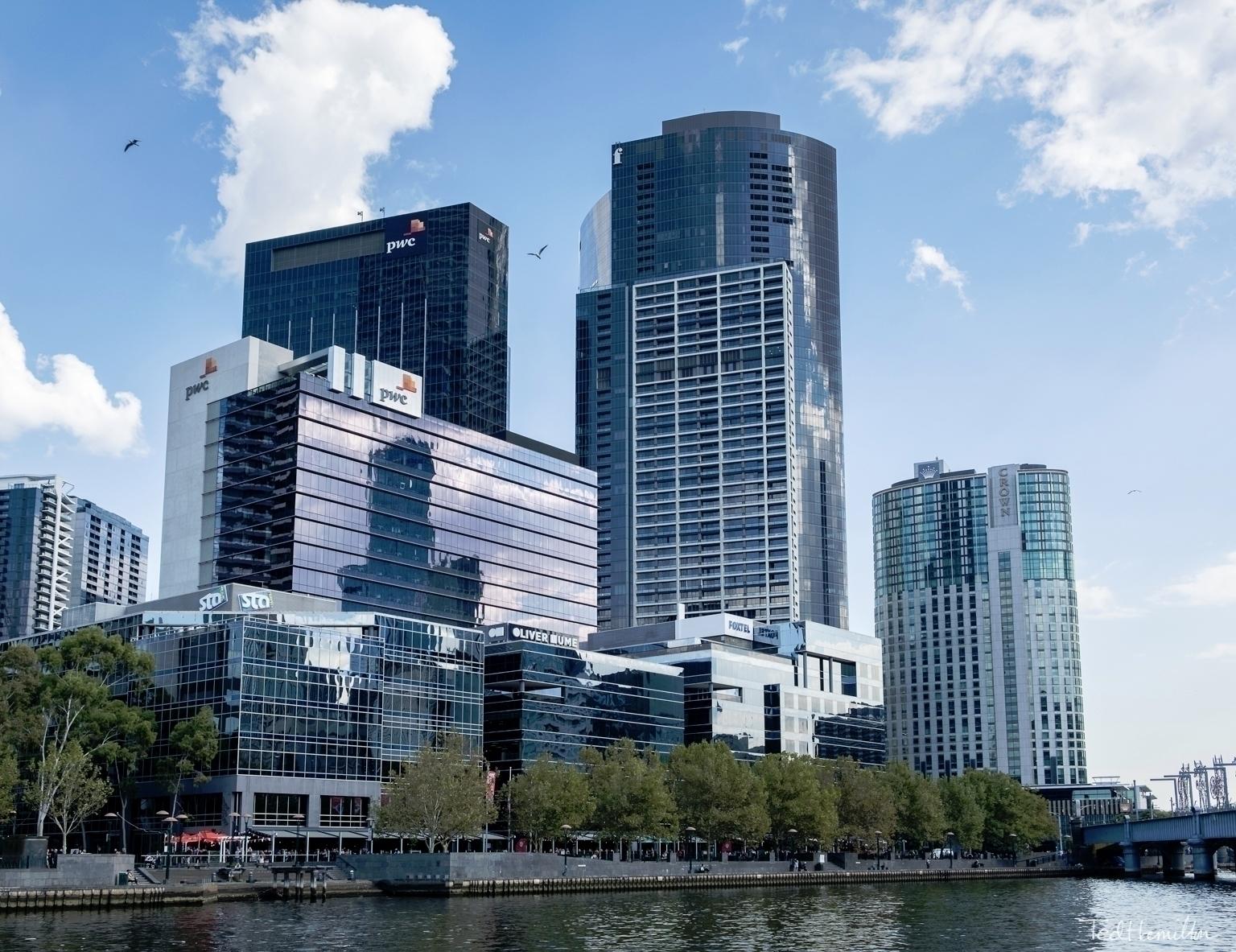 Southbank Yarra River Melbourne - tedhamilton   ello