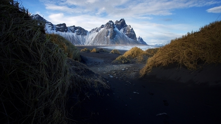 Landscape photography director  - fabrik | ello