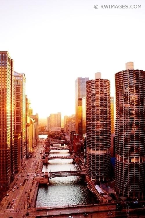 CHICAGO Large photos, fine art  - rwi | ello
