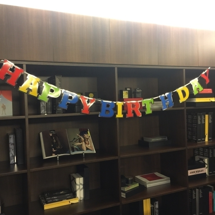 Prada Birthday Party stylist wi - usual_anomaly | ello