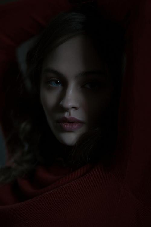 Photographer:Ekaterina Ignatov - darkbeautymag | ello