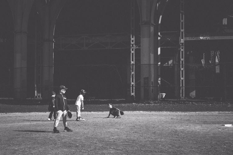 Fielders - photography, city, baseball - iangarrickmason | ello
