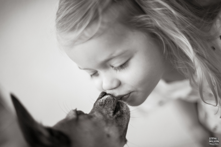 kiss - photography, blackandwhite - wilbur101 | ello