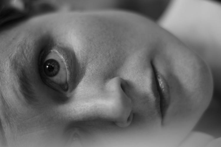 selfie Canon Rebel 3Ti - photography - cerebellarium | ello