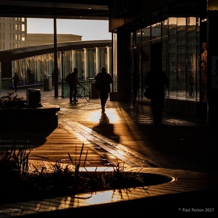 Commuter sunrise Stratford Stre - paulperton | ello